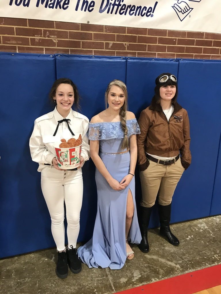 Colonel Sanders, Elsa, and Amelia Earhart