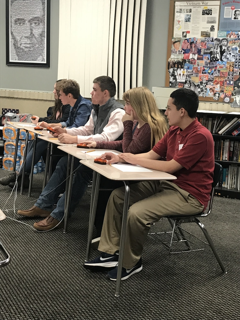 Center scholars bowl had a great time tonight at the Wheat State League meet. Close rounds, but did not place